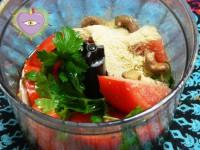 salsa tomate y perejil con semillas o castañas de cajú